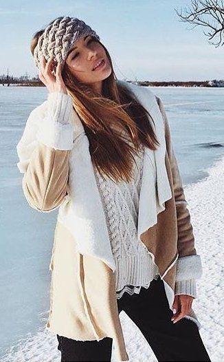 #winter #fashion /  Camel Coat + White Knit