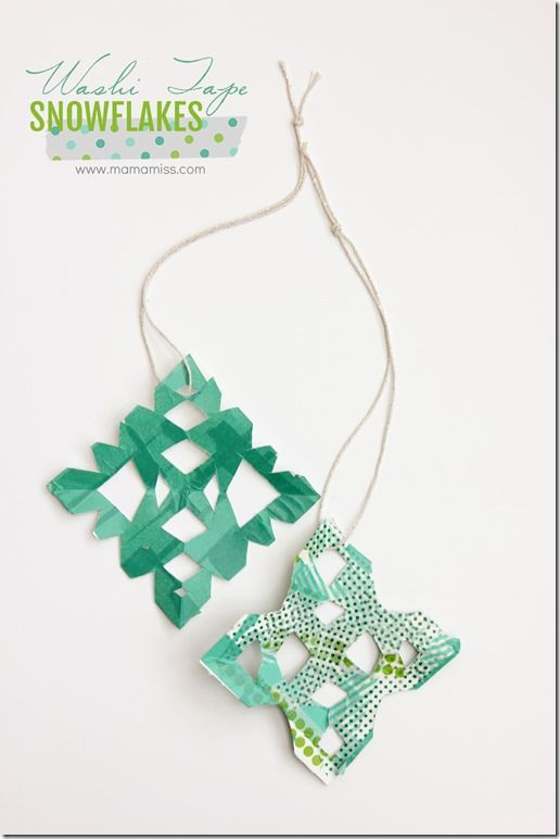 Washi Tape Snowflakes. {Mama Miss}: Idea, Easykidcraft Wintercraft, Colors Washi, Fun Christmas, Snowflakes Washitap, Mamamissblog Snowflakes, Crafty Child, Washi Tape, Tape Snowflakes