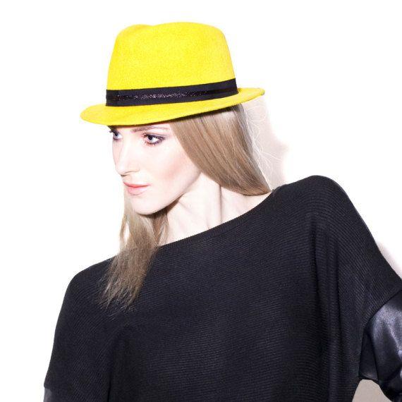 Mademoiselle-Slassi-Chapeau-Hat_MG_9740-carre-1
