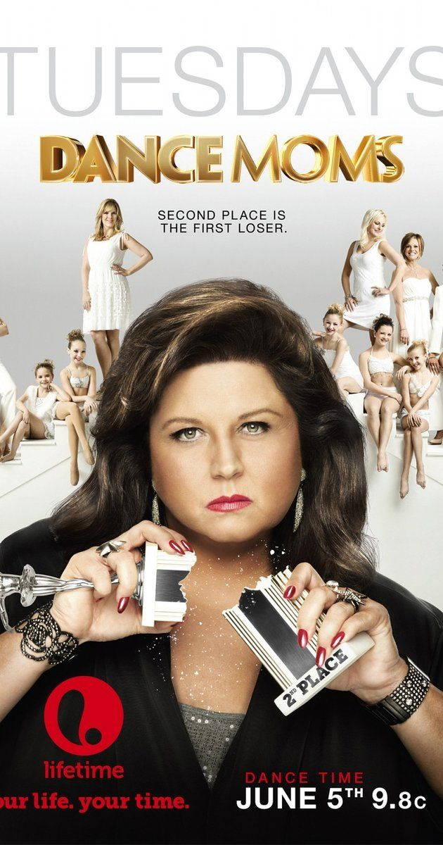 Dance Moms - Season 6 Season 6 picks up where season 5 left off: the girls moved to LA and Maddie quickly became a superstar. In this summer, the moms all catch up, and Melissa announces that Maddie is already busy filming a movie.