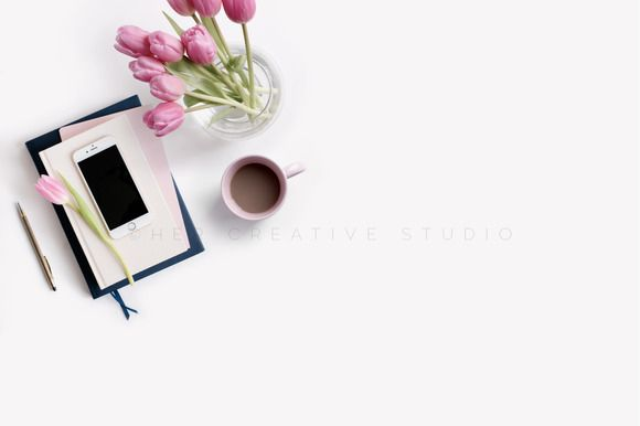 Styled Stock Photography | Desktop by Her Creative Studio on @creativemarket https://crmrkt.com/M7kWM