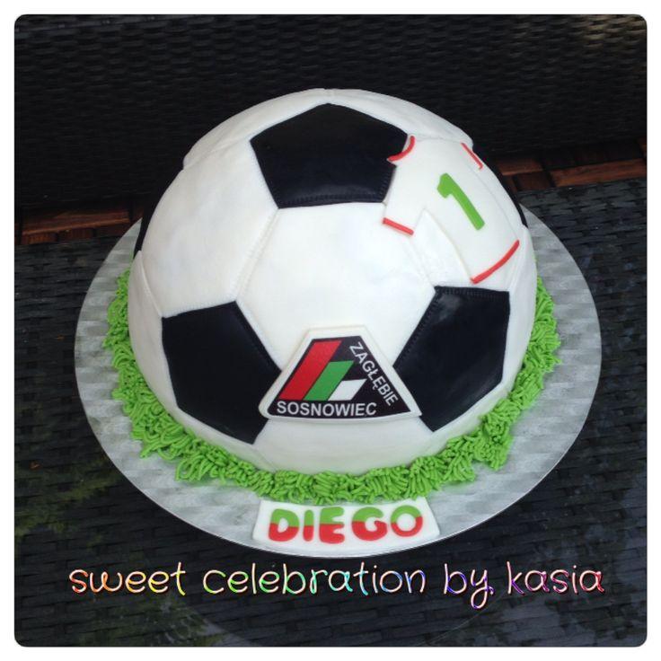 Soccer ball cake Sweet Celebration