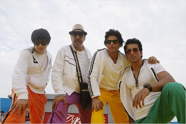 Happy New Year : Photo Boman Irani, Shah Rukh Khan, Sonu Sood, Vivaan Shah