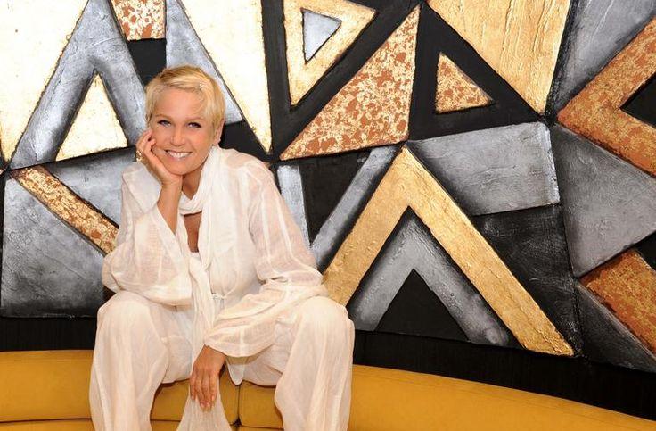"""Longe da TV, Xuxa revela: """"Minha mãe é meu chão"""""""
