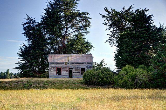 Old house, SH1, Waitaki Bridge, North Otago, New Zealand