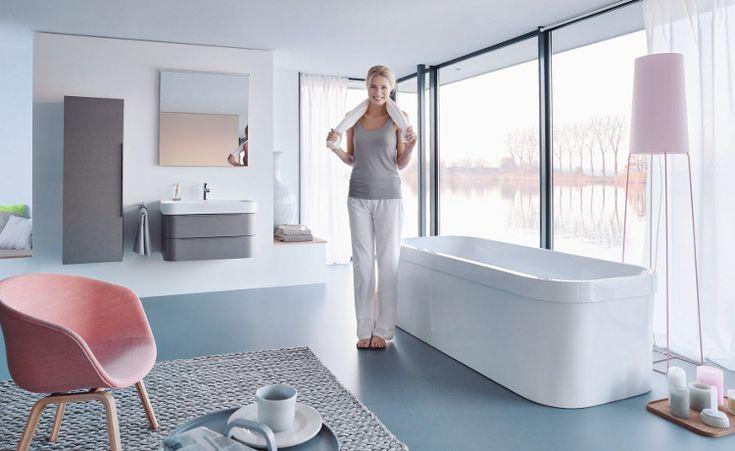 Duravit badkamerserie Happy D.2 brengt zachte, vrouwelijke vormen in de badkamer en combineert deze met praktische functionaliteit en technische highlights.   Bij welke elementen in de badkamer? www.wonen.nl/a/5353