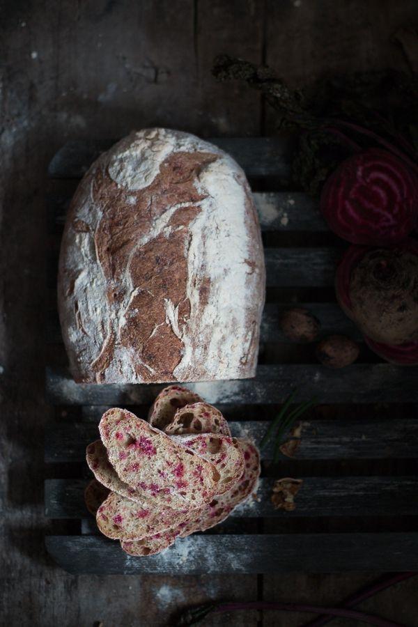 Pane alle barbabietole - Bread