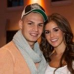 http://imcelebnews.com/sarah-lombardi-post-1-photo-of-their-baby-alessio/