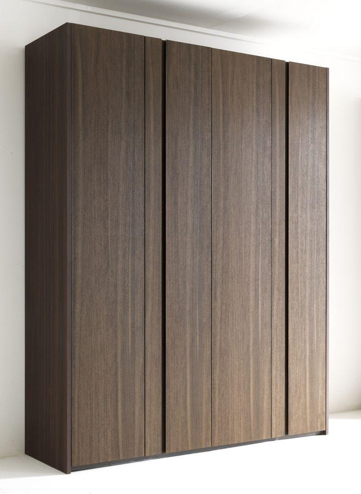 Wooden wardrobe custom NAICA Wardrobe Collection by Lema | design Cairoli