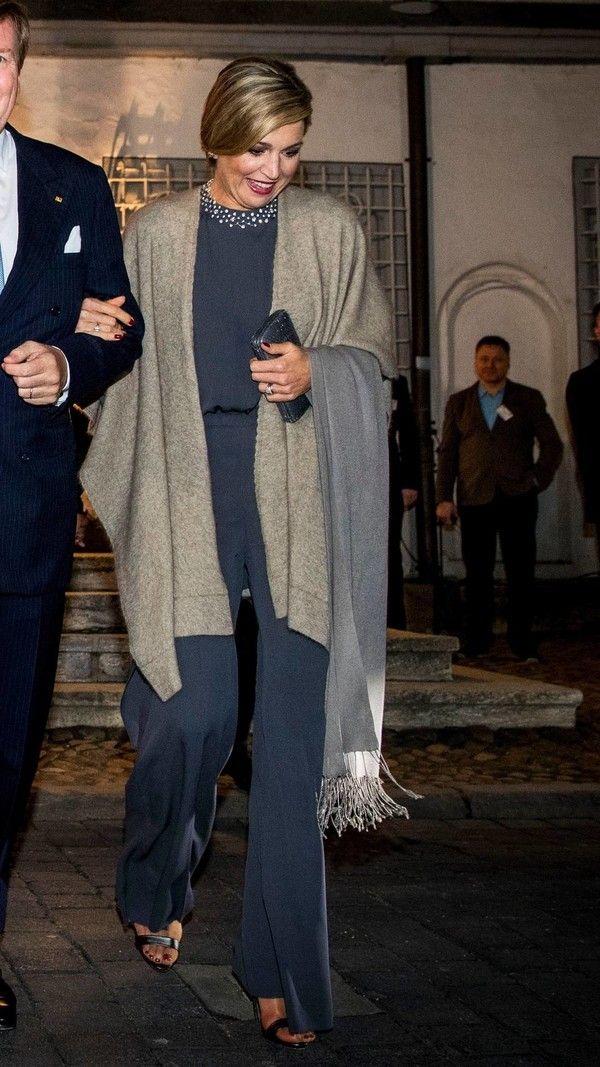Foto's: Wat draagt de koningin in Duitsland?