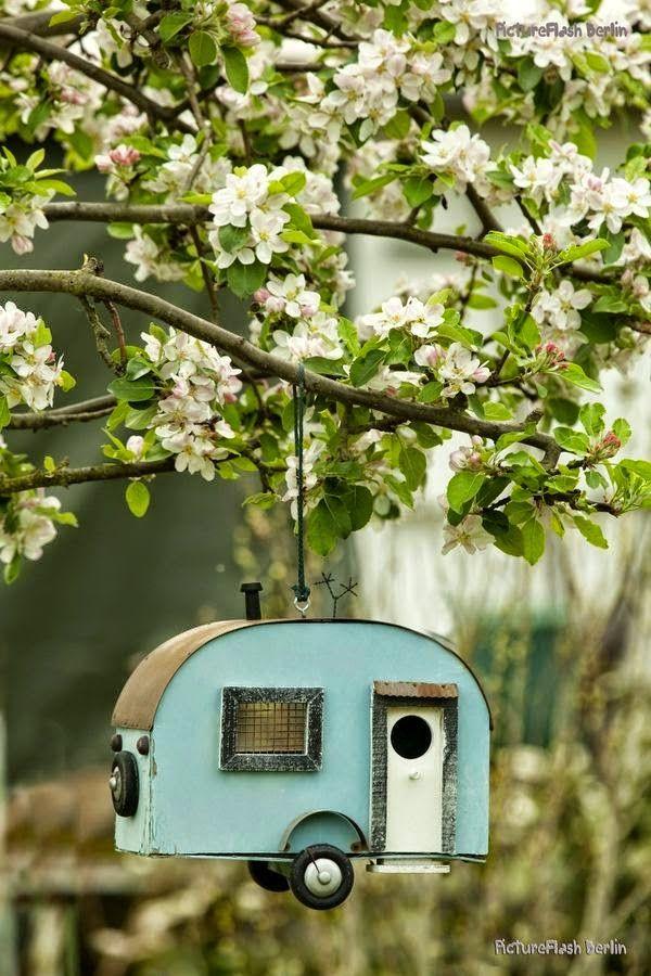 Spring garden ideas- Bird house