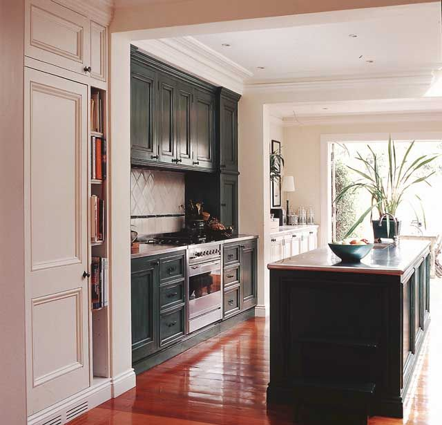 Kitchen Joinery Surry Hills 1995 by James Lee-Warner Furniture