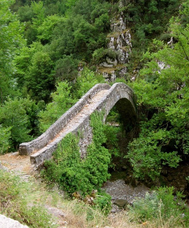 Beautiful bridge in Agrafa