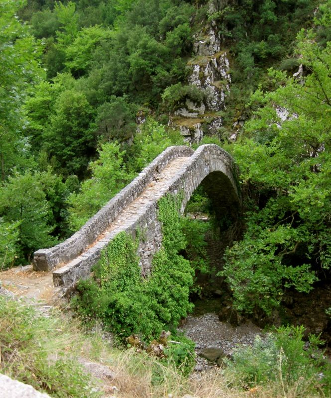Beautiful bridge in Agrafa