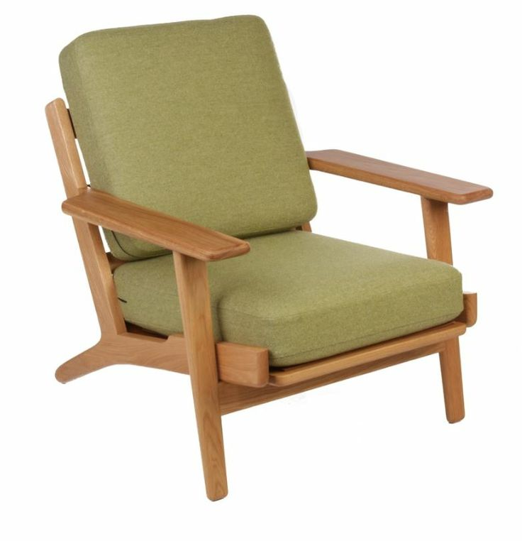 The Matt Blatt Replica Hans Wegner Plank Armchair - Oak/Light Green