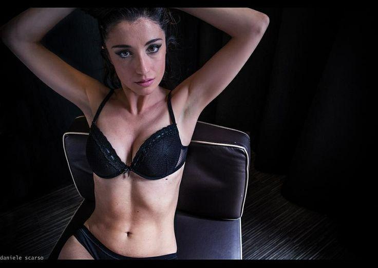"""Modella Copertina Face Book su """" Taggo Divine"""" con foto di D. Scarso"""