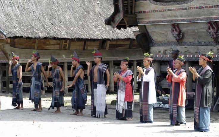 Een Batak-dorp nabij het Toba-meer. Rondreis - Vakantie - Indonesië - Sumatra - Toba-meer.