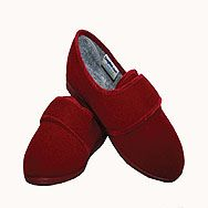 Women's Cosyfeet Slippers  €38.99  Perfect for people with swollen feet. One touch Velcro flaps are easy to use and can be adjusted to fit each foot individually. The cosyfeet slipper has a seam-free toe area for extra comfort