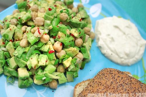 kikert og avokadosalat