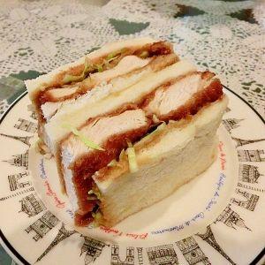 「ケンタ風の和風チキンカツサンド♪」ケンタの和風チキンカツサンドをサンドイッチで再現☆【楽天レシピ】