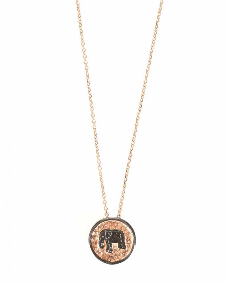 Sarah Lou ketting Elephant  Description: Ketting van het merk Sarah Lou in de kleuren rosé goud en zwart. De ketting heeft een print van een olifant en een diameter van 15 cm. De lengte van de ketting is 60 cm.  Price: 85.00  Meer informatie