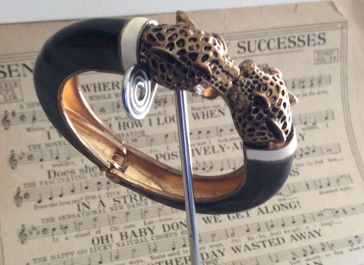 Wallis Style Panther Bangle by Peaceloveheart on Etsy