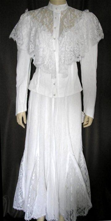 71 best images about western wedding gowns etc on for Country western wedding dresses