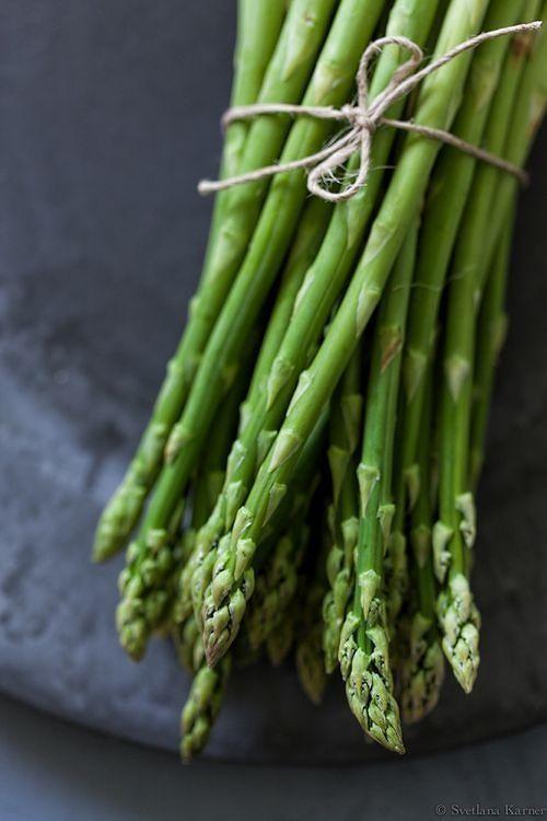 Asparagus (Svetlana Karner) #vegetables #veggies #food