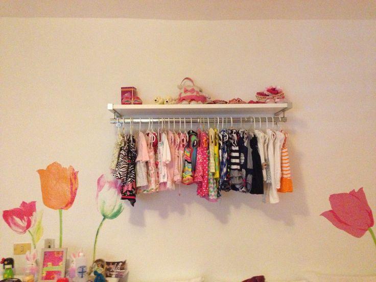Soluci n para espacios peque os en cuartos de bebe for Closet para espacios pequenos