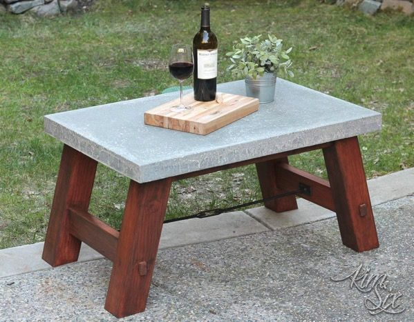 Pottery Barn Inspired Concrete Top Coffee Table  via TheKimSixFix.com http://www.thekimsixfix.com/2017/03/pottery-barn-inspired-concrete-top-coffee-table.html?utm_source=MadMimi&utm_medium=email&utm_content=The+project+that+brought+me+off+of+Hiatus%21&utm_campaign=20170326_m138325126_March+26+%28concrete+PB+table%29&utm_term=See+the+full+build+here