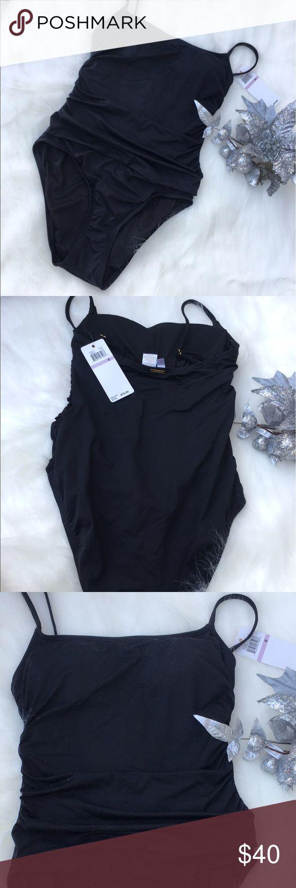 Anne Cole signature  swimwear bikini 👙 Brand new anne cole swimwear bikini 👙 color black size 6 one piece Anne Cole Swim Bikinis