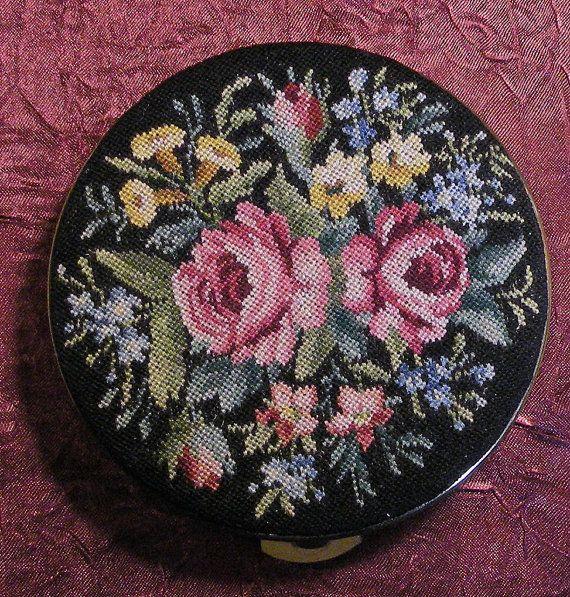 Vintage Volupte Gold Metal Petit Roses Powder Compact Mirror Unused 1940s