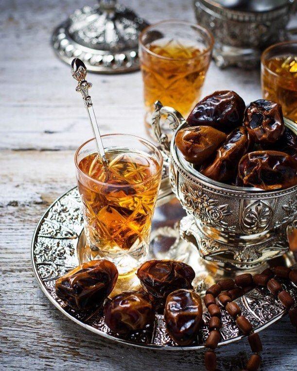 Arabic tea time