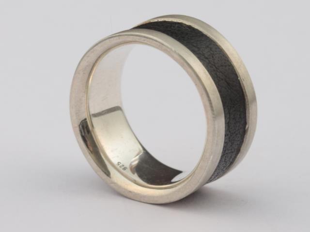Ring | Silber 925 | Herrenring mit Lederband von