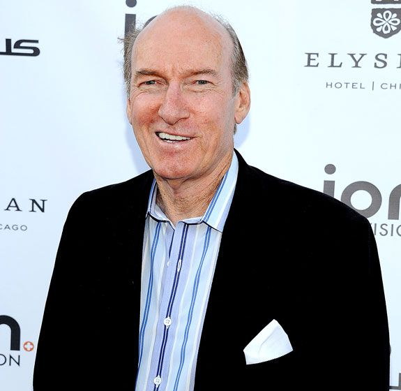 Ed Lauter-Veteran actor Ed Lauter, who had a long career as a character actor in TV series including The Rockford Files and Miami Vice, died on Oct. 16 after battling mesothelioma, a rare form of cancer. The Shameless actor was 74 at the time of his death.