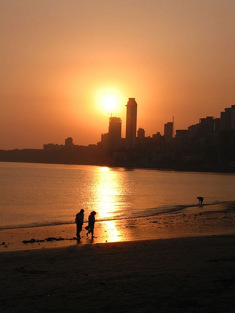 #Mumbai #Tourism #Sightseeing #Travel #Holiday #Hotel #Travel #History #Culture #Entertainment #Relax #Fun- Chowpatty #Beach