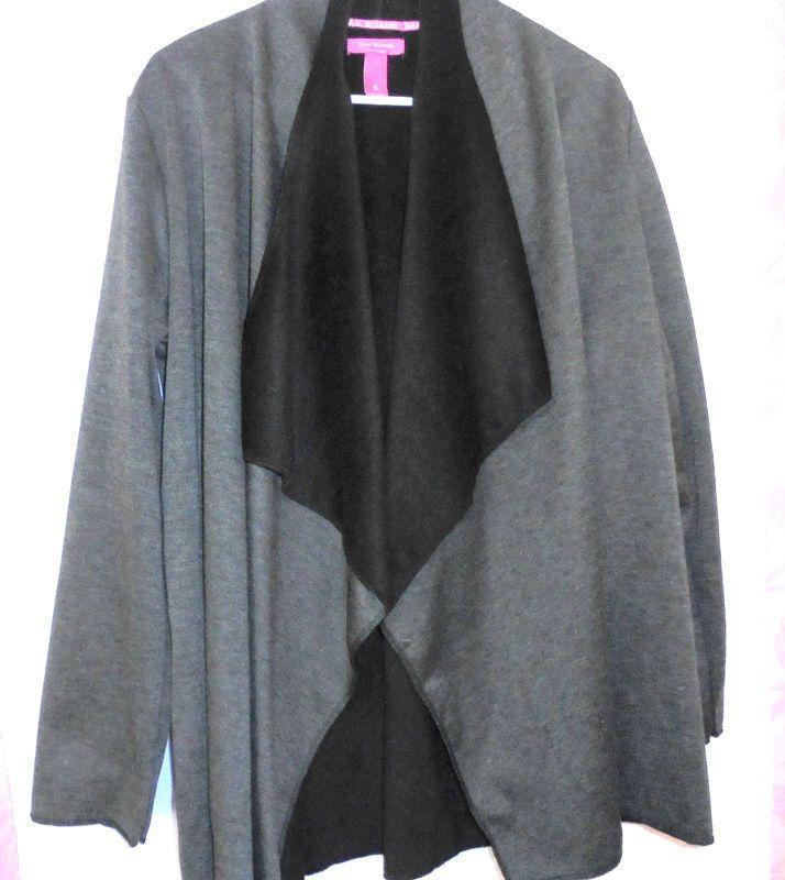 ISAAC MIZRAHI Light-weight Jacket /Cape Combo Gray/Black Size:Small Polyester  #IsaacMizrahi #jacketcapewraparound #Casual