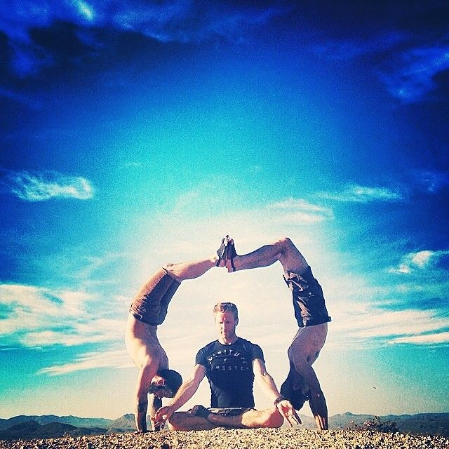 The divine light in me honors the divine light in you.  Thank you @Gordon Ogden @woody orndoff & @knoxknoxknoxknox for sharing this awesome moment #spiritualgangster #yogaeveryday #namaste #dailypose2GSXIqCt