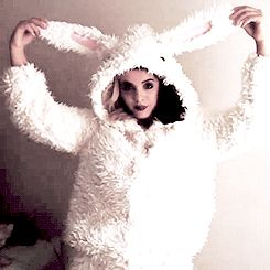 Melanie Martinez | So adorable! <3 the bunny ears ^.^