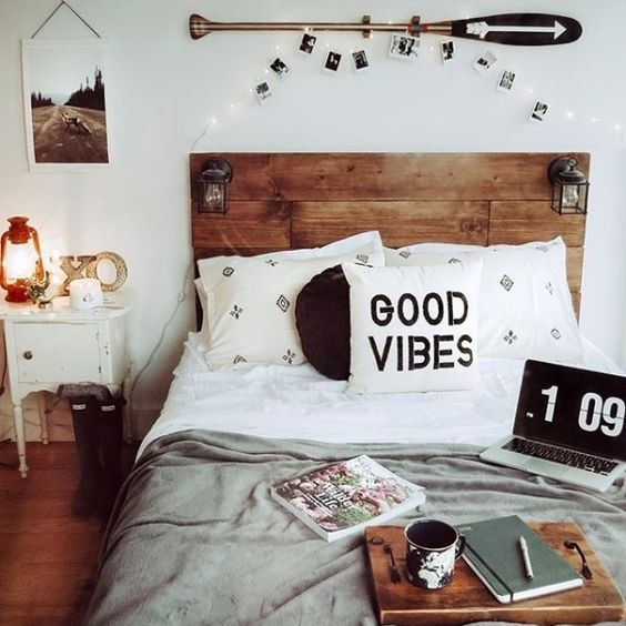 les 25 meilleures id es de la cat gorie d coration de chambre hipster sur pinterest espace de. Black Bedroom Furniture Sets. Home Design Ideas
