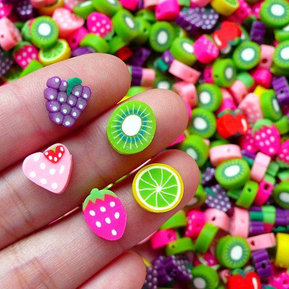 He encontrado este interesante anuncio de Etsy en https://www.etsy.com/es/listing/153154735/granos-fruta-en-miniatura-con-agujero