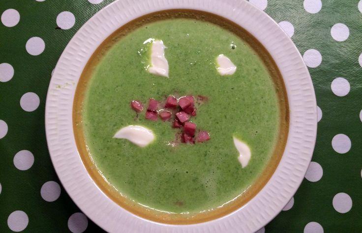 Grønn ertersuppe med bacon