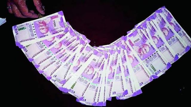 "Haul of Rs 2 Lakhs Fake Currency in New Notes in Malda Sends Security Forces Into Shock   The BSF yesterday seized fake Rs 2000 notes with a face value of Rs 2 lakh from near the Bangladesh border in Bengal's Malda the biggest such haul since demonetisation putting a question mark on the Centre's claim that the new notes are hard to copy.  R.P.S. Jaswal BSF DIG (South Bengal) said the seized notes appeared to have been ""printed"" as opposed to the ""scanned copies"" found in earlier hauls…"