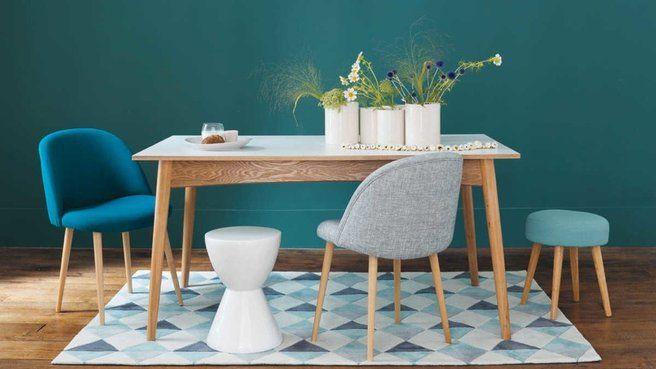 Les chaises dépareillées dans la salle à manger // http://www.deco.fr/diaporama/photo-les-chaises-depareillees-tendance-deco-dans-la-salle-a-manger-72014/
