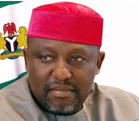 Imo State Governor Gives Rice Cash To APC Members