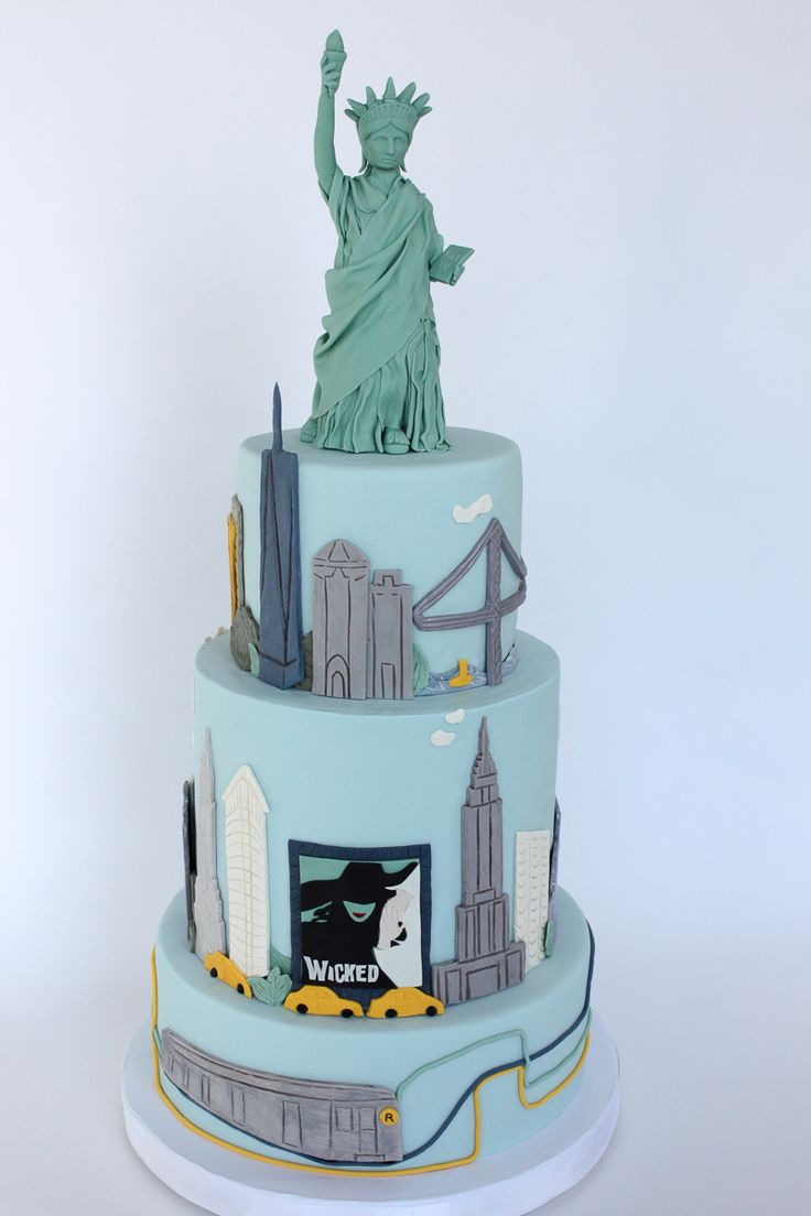 NYC Skyline Statue of Liberty Cake_055-2.jpg