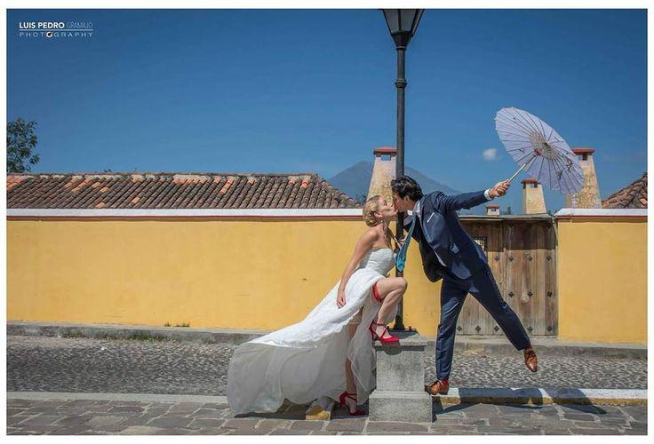 Fly me to the moon #luispedrogramajophotography #wedinguatemala #wedding #weddingday #destinace #destinasyon #destination #destinationwedding #bridebook #destinazione #weddingphoto #weddingideas #weddings #weddingphotography #weddingphotographer #weddingdress #love #forever #wed #picoftheday #photooftheday #weddingideas_brides #weddingawards #weddinginspiration #HuffPostIDo #bruiloft #marriage #everydayguatemala #perhapsyouneedalittleguatemala