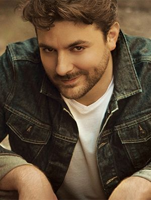 Hot Guys in Country Music_Chris Young