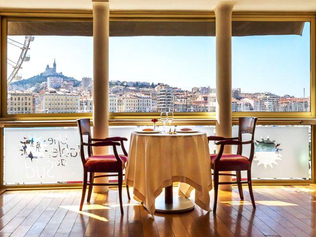Restaurant vieux port Marseille - Une table au sud