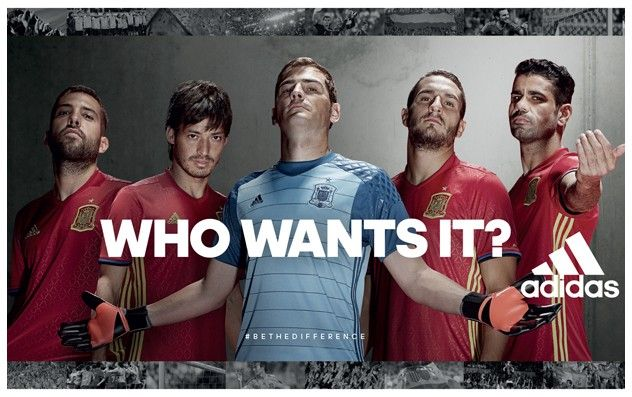 Presentación de la Camiseta Adidas Selección Española de Fútbol Eurocopa Francia 2016...